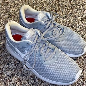 nike shoes with memory foam insole